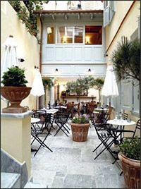 10 στέκια για… καφέ και βιβλίο - 10 places to hang out, have some coffee & read a book (in Greek)