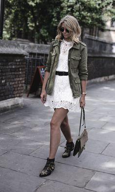 Conheça o Estilo da Blogueira Emma Hill - Gabi May Susanna Boots, Cool Outfits, Summer Outfits, Casual Outfits, Fashion Mode, Fashion Outfits, Fall Dresses, Dresses For Work, Jackets