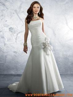 Robe sirène simple en satin et organdi décorée de plis et de fleurs robe de mariée simple