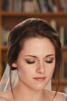 30 Gorgeous Wedding Makeup Looks | Natural wedding makeup, Wedding ...