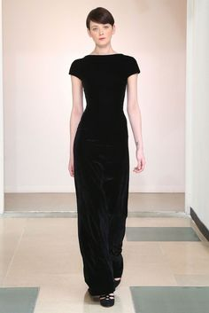 Azzedine Alaïa Emphasizes Knits and Evening Gowns in Impeccable Fall Lineup - Gallery - Style.com