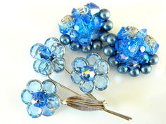 Blue Brooch And Earrings Set Vintage Glass Disc And Bead Flower Collectable Jewelry Vibrant Blue Modern Art Deco Summer Spring