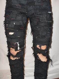 Estilo Punk Rock, Patch Pants, Crust Punk, Punk Patches, Punk Outfits, Punk Goth, Diy Clothing, Punk Fashion, Sock Shoes