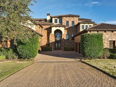 Located in a small enclave of homes near the award winning Barton Creek Lakeside golf course, this waterfront estate is situated on a scenic bluff with panoramic views of Lake Travis & the surrounding hill country from almost every room.  Bed | 4 Bath | 4 Full | 2 Partial Est. Sq .Ft. | 6,069  Details here: http://ow.ly/ZxnRv