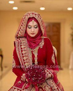Pin by Ummah Treasures on Brides Bridal hijab styles, hijab bride - Hijab Muslimah Wedding Dress, Hijab Style Dress, Muslim Brides, Pakistani Wedding Dresses, Pakistani Bridal, Indian Bridal, Indian Muslim Bride, Bridal Outfits, Bridal Dresses