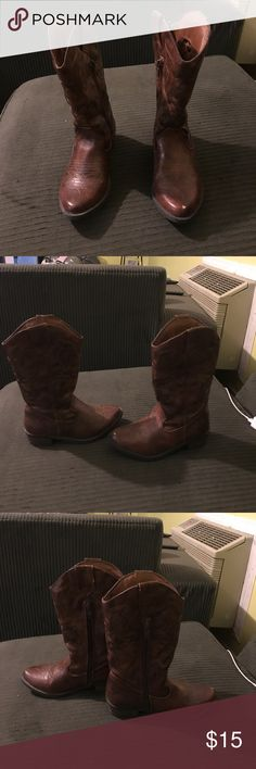 Girls Brown Cowboys Boots Girls Brown Cowboy Boots in Excellent Condition Cherokee Shoes Boots