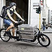 Bike messenger, i pony express ecologici  in Italia boom di richieste per le consegne