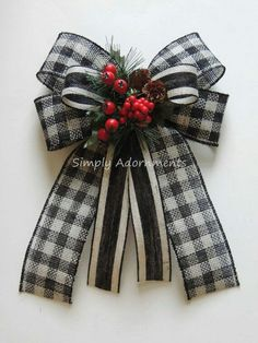 Ribbon flowers how to make:rose from satin ribbon/tutorial/ put your ribbon across now this bit dangling down will be the length of one side of your ribbon. Plaid Christmas, Christmas Wreaths, Christmas Ornaments, Diy Bow, Diy Ribbon, Homemade Bows, Gift Bows, Burlap Bows, Halloween Kostüm
