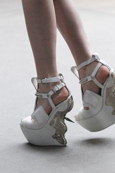 [Alexander McQueen] #shoes