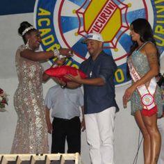 Aline Riscado é Coroada Rainha de Bateria da Acadêmicos do Tucuruvi em SP