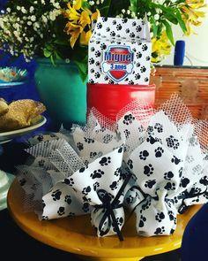 Mimos preparados com muito carinho pela mamãe Denise #patrulhacanina Paw Patrol Birthday Decorations, Paw Patrol Birthday Theme, Paw Patrol Party, Puppy Birthday Parties, Happy Birthday Baby, Puppy Party, Henri 3, Cumple Paw Patrol, Paw Patrol Invitations