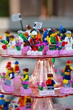 LEGO Wedding Favors - great favour idea spotted online by the events team Court Lego Wedding, Wedding Party Favors, Wedding Gifts, Party Favours, Wedding Bells, Wedding Stuff, Wedding With Kids, Our Wedding, Dream Wedding