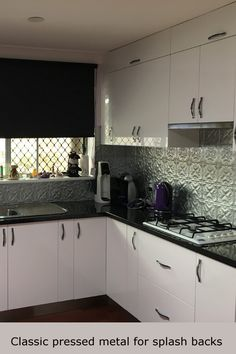 Pressed tin walls and ceilings made from aluminum. Create fashionable feature walls, spiffy splashbacks and magnificent ceilings. Designs to suit everyone. We can send panels anywhere. New Kitchen, Kitchen Ideas, Pressed Metal, Tin Walls, Tin Metal, Metal Panels, Splashback, Kitchen Backsplash, Tiles