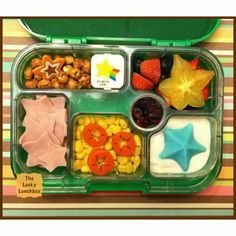 Star Student of the week lunch in the Yumbox /The Lucky Lunchbox 01-28-14