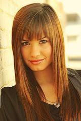 I love her bangs....Mondivahair.com