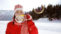 Fun ideas for science experiments in cold weather.