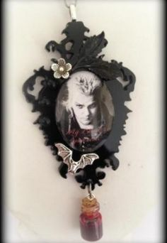 Lost Boys acrylic necklace - Curiology