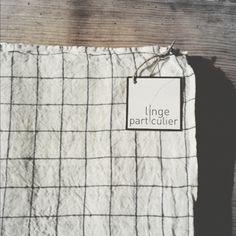 ★ Nappe en lin lavé carreaux blanc/navy LINGE PARTICULIER / BAZAR AND CO STORE