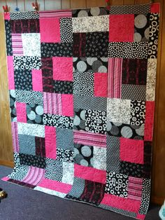 Quilting In The BunkHouse: Pink and Black