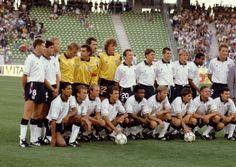 England squad at Italia 90