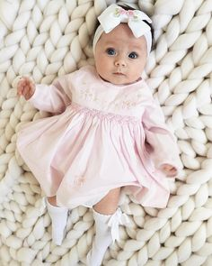 Pretty in pink for Sunday lunch 💗🎀 Dress from Sarah Louise, matching hairbow from 🎀 blanket Little Babies, Cute Babies, Baby Kids, Beautiful Children, Beautiful Babies, Pretty In Pink, Outfits Niños, Foto Baby, Baby Girl Fashion