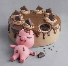 Bolo little pig 🍰🐷 . by Leitte - Cake Designer Candy Birthday Cakes, Pretty Birthday Cakes, Pretty Cakes, Cute Cakes, Cake Designs For Kids, Kreative Desserts, Dessert Original, Cute Baking, Crazy Cakes