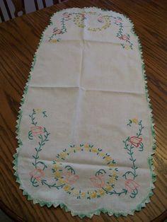 Vintage Table Runner Embroidered Tulips Green Crochet Border