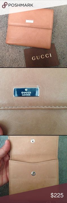 Very soft tan leather wallet Gucci Gucci wallet used few times, great condition.   Too small for all my stuff!!   So soft!! Gucci Bags Wallets