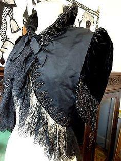 House-of-Worth-Paris-Victorian-Velvet-Mourning-Evening-Jacket-Velvet-Beads