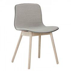 About a Chair AAC12 gestoffeerde stoel   Hay
