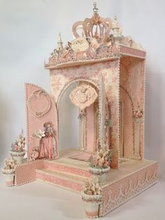 Hi everyone :-) Have made a Fairytale Princess Castle with 2 lightning towers to hold the Graphic 45 Gilded Lily Mini Album. Cardboard Box Crafts, Cardboard Castle, 3d Paper Crafts, Paper Art, Graphic 45, Mini Albums, Glass Bell Jar, Bell Jars, Origami