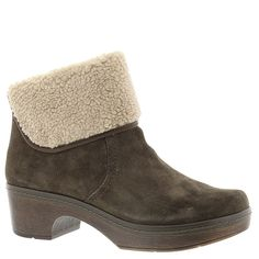 Clarks Women's Preslet Pierce -- Continue to the product at the image link.
