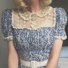 1940s fairy medallion brooch in action ✨On 1930s lace and rayon dress ☁️ #1930 #1940s #vintage #truevintageootd #vintagedress #vintagejewlery