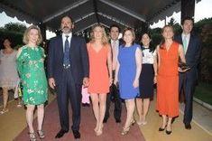 Duques de Maura y unos amigos