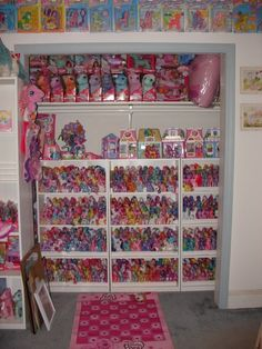 Display Shelves, Toy Shelves, Display Ideas, My Little Pony Collection, Vintage My Little Pony, Little Pony Party, Kawaii Room, Beautiful Barbie Dolls, Toy Rooms