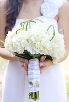 white hydrangeas bouquet