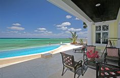 Extraordinary Property of the Day: Tranquil Tropical Villa in Nassau and Paradise Island, Bahamas