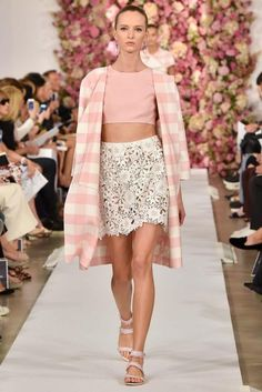 Oscar de la Renta Spring 2015 This is an influence of pink plain for H&M's current collection