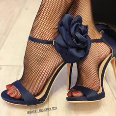 high heels – High Heels Daily Heels, stilettos and women's Shoes Stilettos, Stiletto Heels, High Heels, Pumps, Hot Shoes, Pump Shoes, Shoe Boots, Shoes Heels, Moda Sneakers