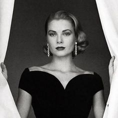 "15 Likes, 2 Comments - The Jewellery Digital Diary (@donna.jewel) on Instagram: ""The real wealth is the soul elegance // Grace Kelly wearing diamond earrings photographed by Howell…"""