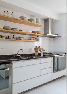 Bali Decor, Kitchen Booths, I Coming Home, Interior Decorating, Interior Design, Kitchen Organization, Kitchen Furniture, Home Kitchens, Home Accessories