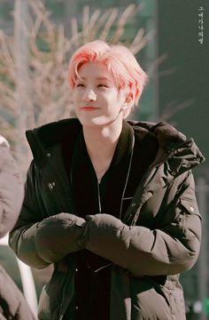 Unbleach his skinnnn Jinjin Astro, Park Jin Woo, Lee Dong Min, Astro Wallpaper, Cha Eun Woo, Kpop, Minhyuk, Vixx, South Korean Boy Band