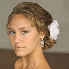 Wedding Hairstyles: Beach Bride