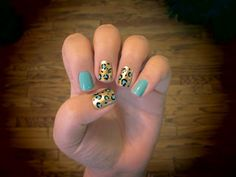 nail art design teal turquoise gold glitter leopard print