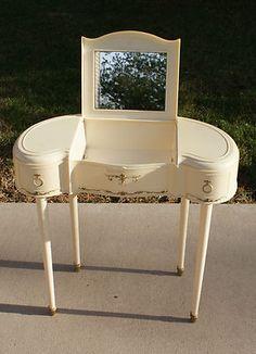Vintage 1960s Marx Girls Vanity Make Up Dresser--my best friend had one of these. I was sooooo envious!!
