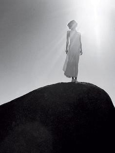 Monde d'Hermès: A mirage, Photography: Mark Borthwick, Styling: Melanie Ward