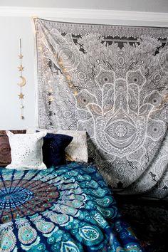 Hamsa Divine Mandala Tapestry – Lady Scorpio