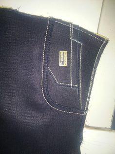 Gucci Herren Jeans Herren Schuhe - My Bag Ideas Gucci Jeans, Gucci Gucci, Herren Outfit, Denim Branding, Denim Jeans Men, Burberry Men, Herren T Shirt, Jeans Style, Men Editorial