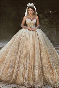 Ball gown wedding dress is a classic silhouette for bridal wear. Yesbabyonline online shop offers custom made ball gown wedding dress 2020 at affordable prices for all bride-to-be. Gold Wedding Gowns, Sheath Wedding Gown, Luxury Wedding Dress, Perfect Wedding Dress, Elegant Wedding Dress, Bridal Gowns, Long Sleeve Bridal Dresses, Prom Dresses, Teen Dresses
