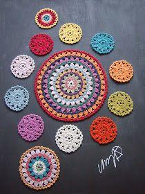Suomen Kädentaidot- messuilla toteutettavan yhteisöllisen kukkaympyrävirkkauksen... ...osallistujamäärä on auki. ... Crochet Stitches, Knit Crochet, Crochet Patterns, Flower Circle, Home Office Decor, Color Change, Free Pattern, Crochet Earrings, Crafty